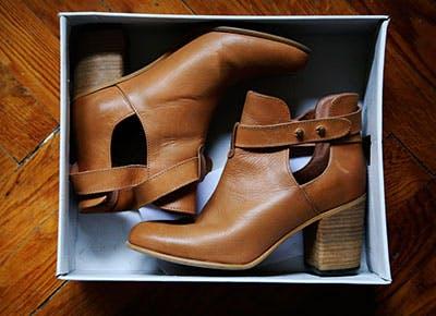 5 Dsw Shoe Shopping Secrets Purewow Dsw $5