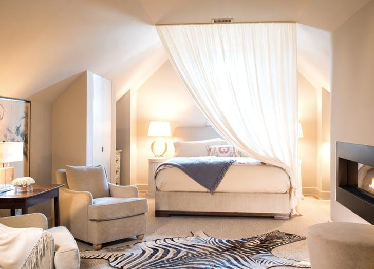 hotel home drapery