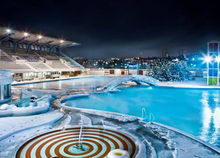 iceland pool