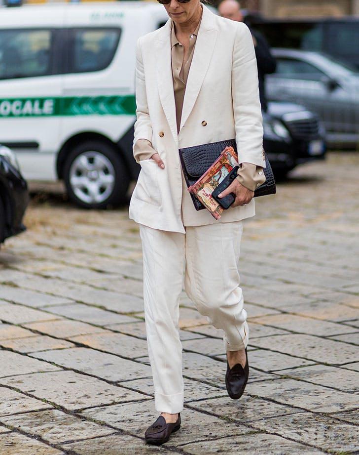 suit white