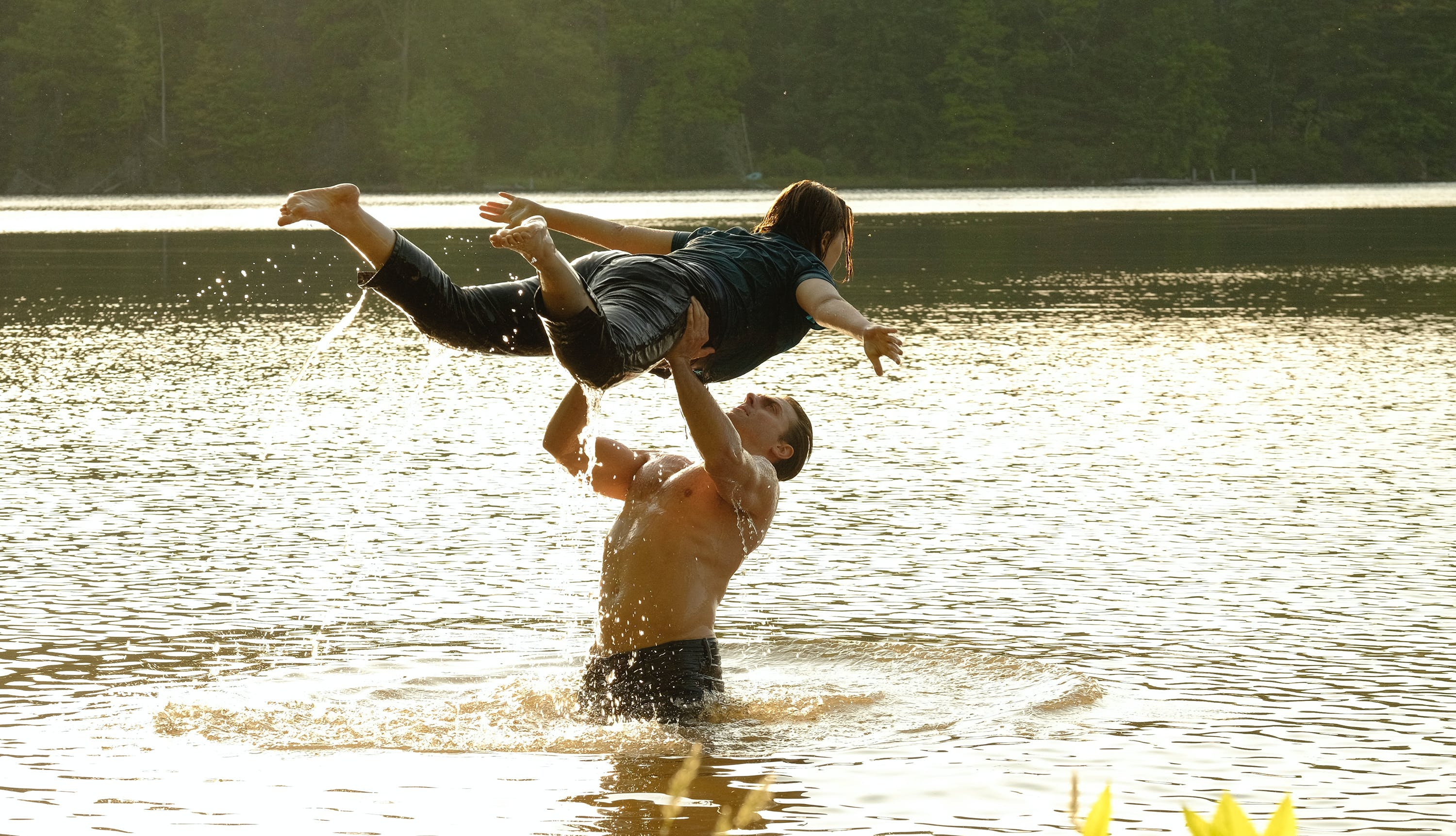 ABC dirty dancing first look abigail breslin colt prattes