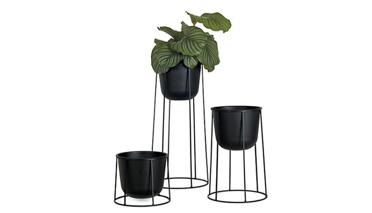black matte plant pots
