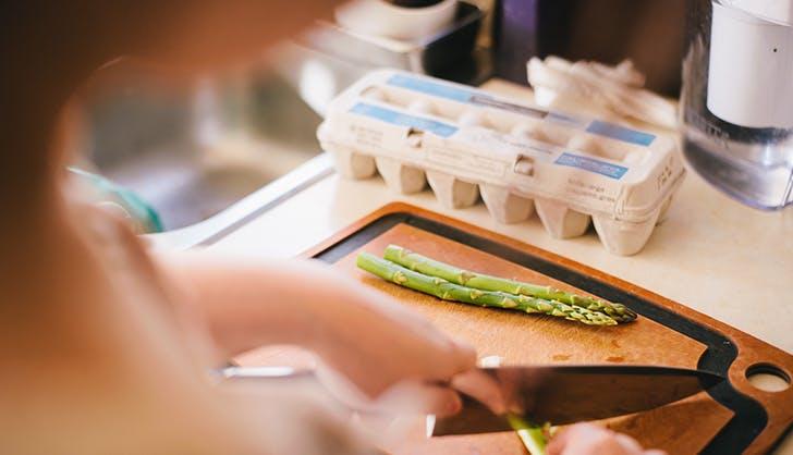 chopping veggie