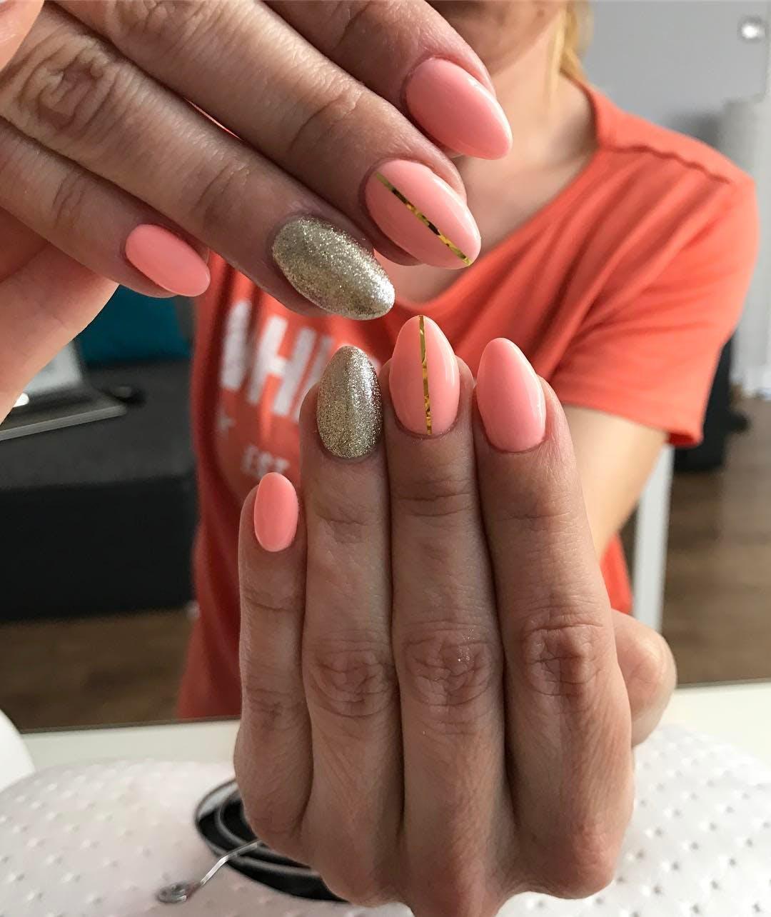 gold accents miami spring nail art