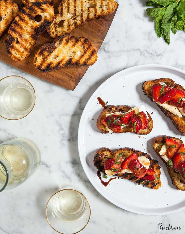grilled cheese crostini 921