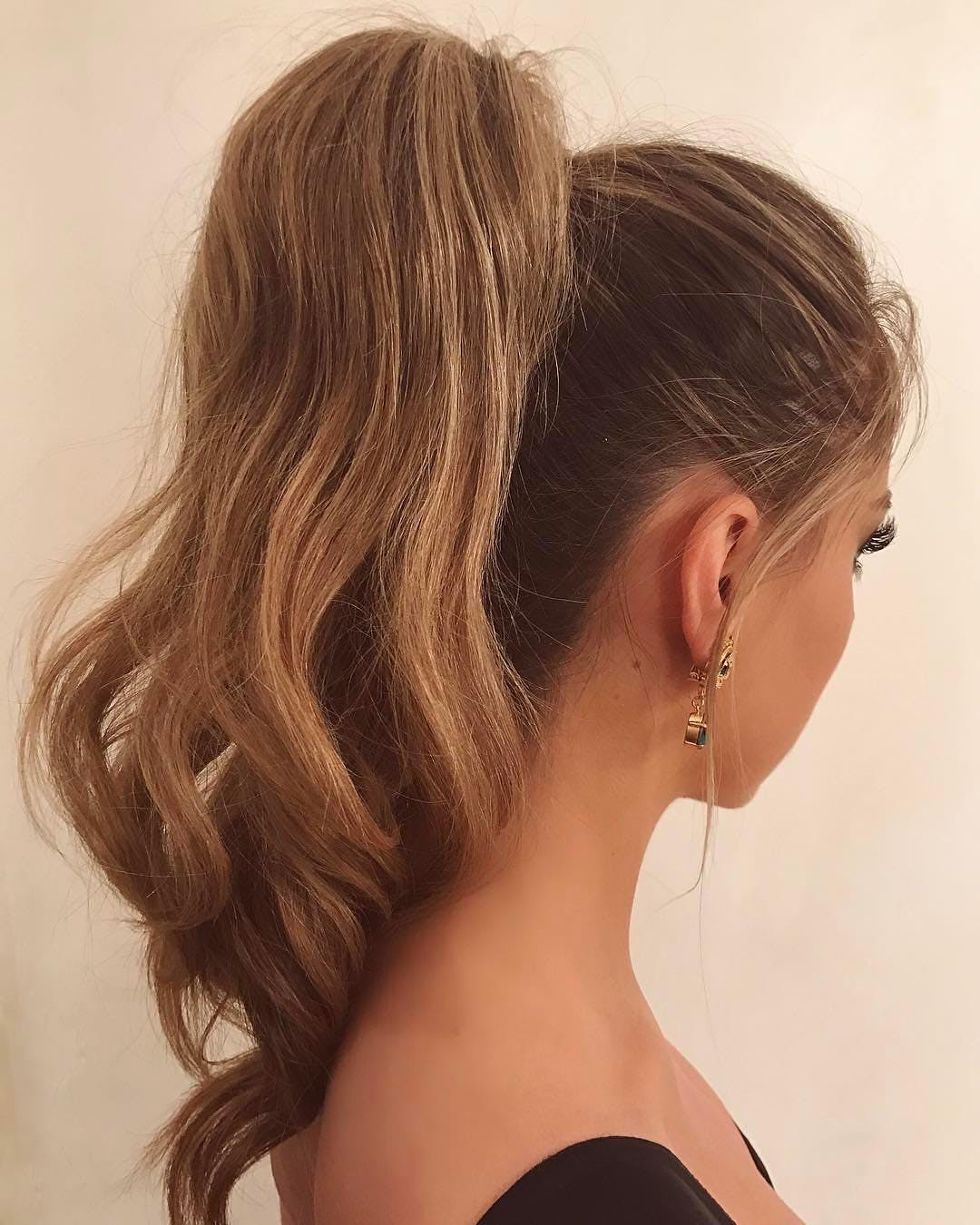 high ponytail los angeles spring hair styles
