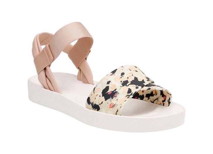 sandals clarks