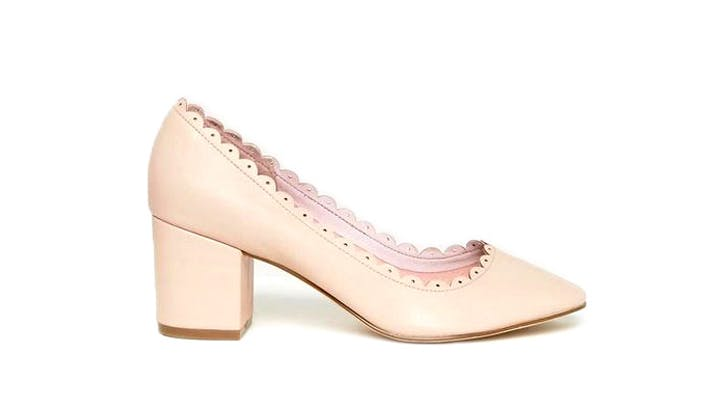scalloped pump USE