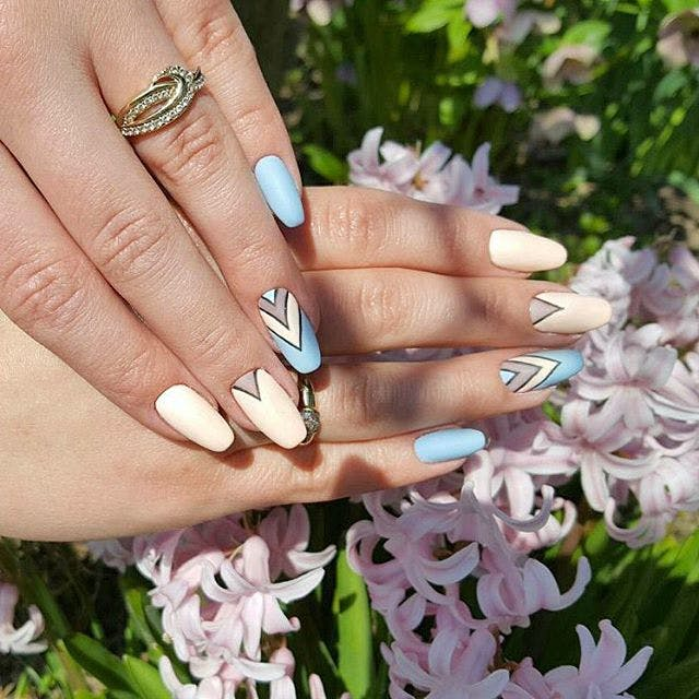 triangular bases miami spring nail art