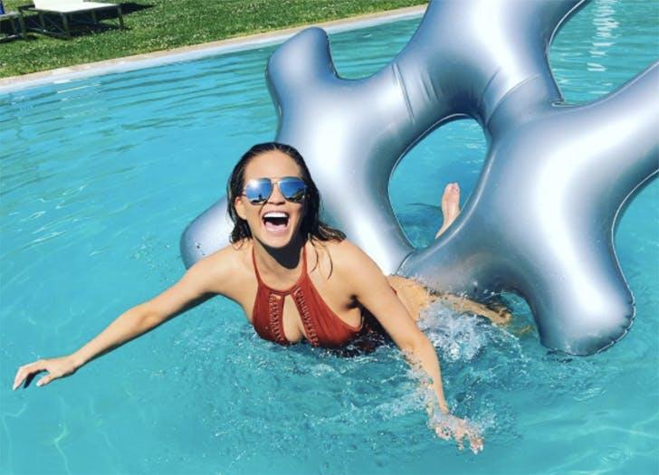 Chrissy Teigen floatie toy