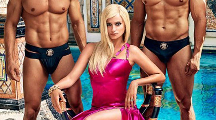 Um, You Need to See Penelope Cruz as Donatella Versace in 'American Crime Story