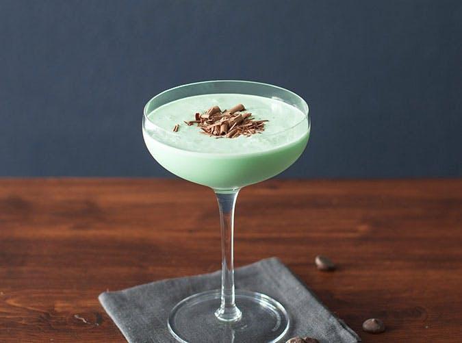 Grasshoper retro cocktail recipe