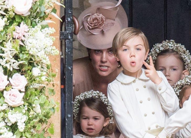 Kate_Middleton_mad_Pippa_Middleton_wedding.jpg