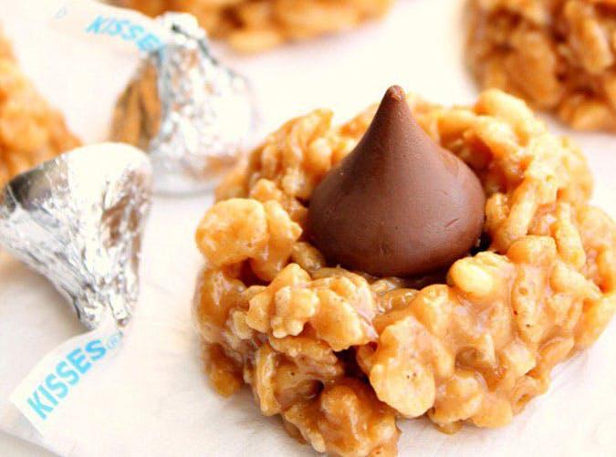No Bake Peanut Butter Kiss Cookies