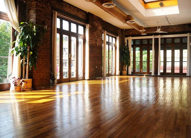 The Best Yoga Studio In 8 Nyc Neighborhoods Purewow