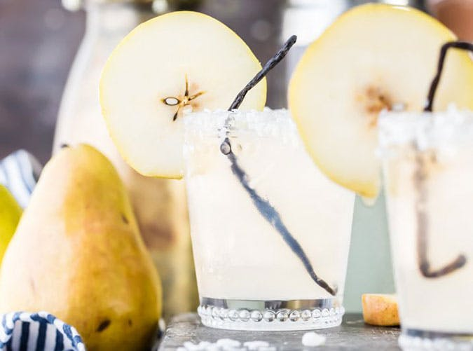 brunch cocktails pear cooler