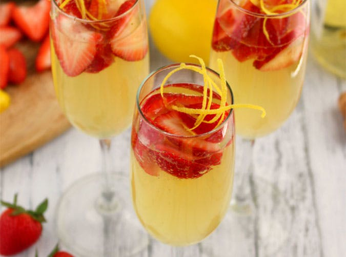 brunch cocktails strawberry limoncello spritzers