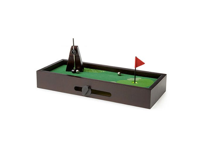 desktop golf fathers day gift guide