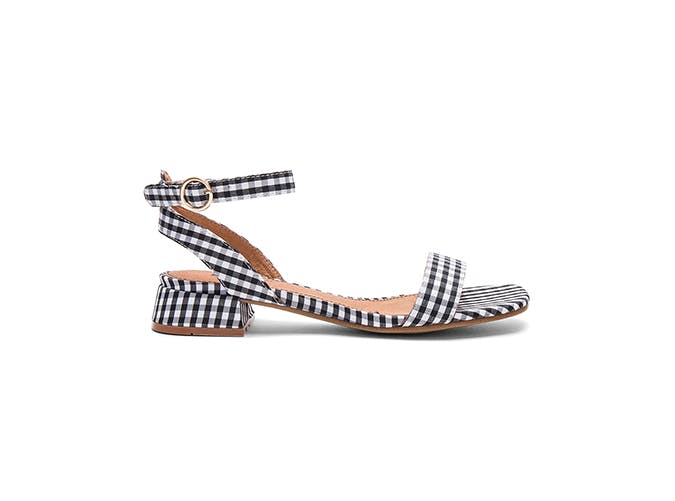 gingham sandals use1