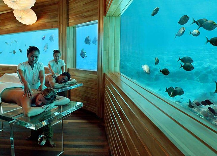 huvafen fushi underwater spa