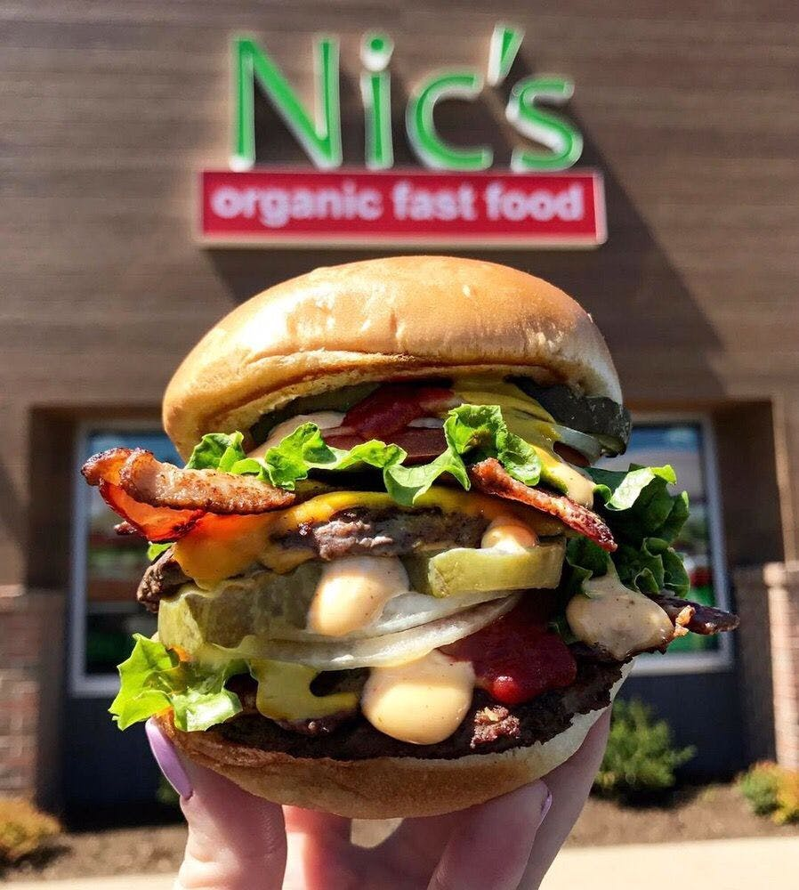 nic s organic fast food burger chicago cheap eats