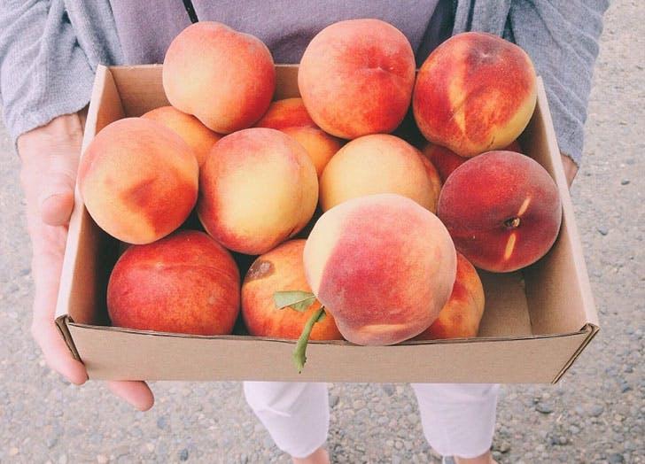 peaches fruit storage