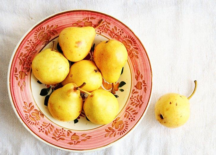 pears fruit storage