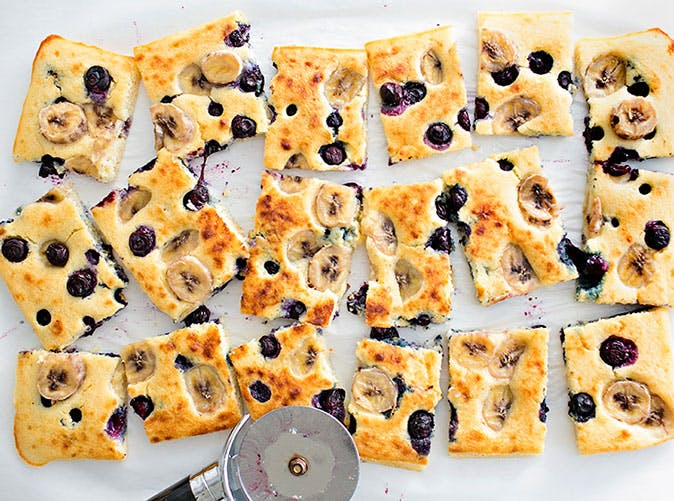 sheet pan pancake banana blueberry 5012