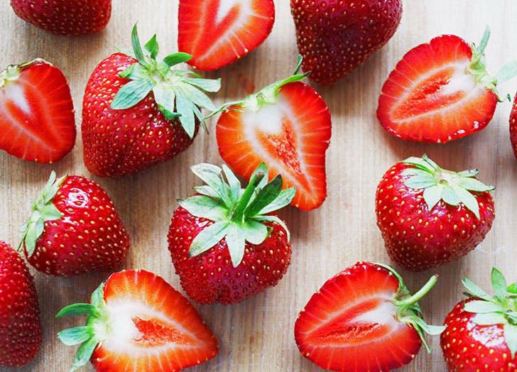 strawberries fruit storage