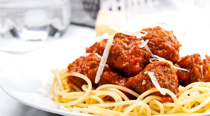 The 5 Best Grocery Store Pasta Sauces - PureWow