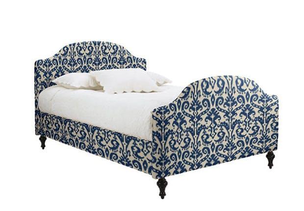 upholsteredbed 1