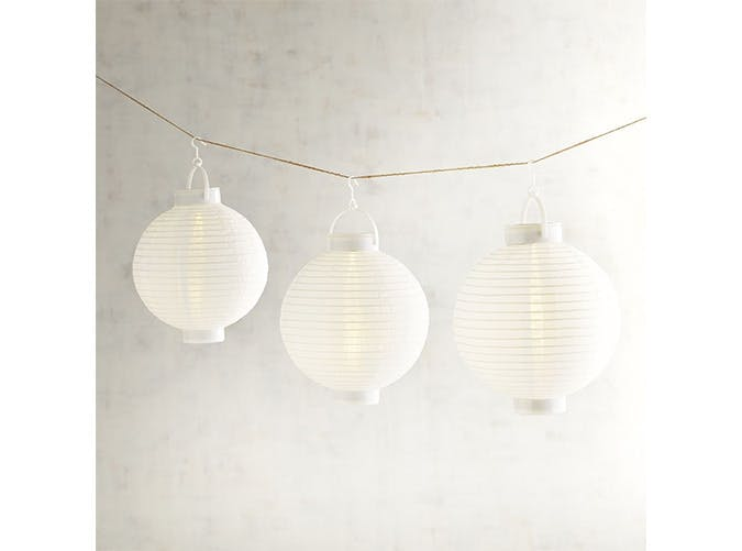 white lanterns string