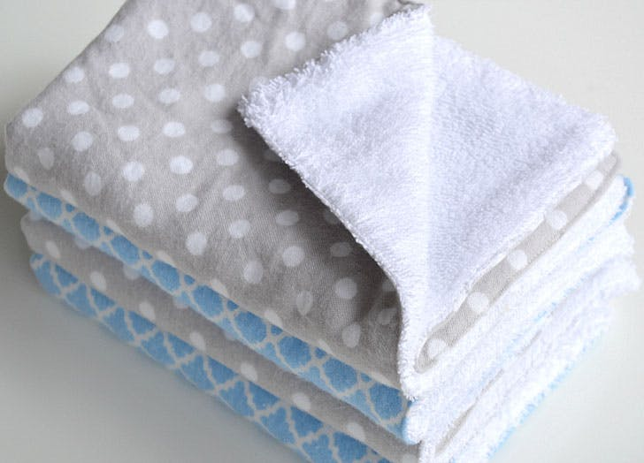 DIY burp cloths perfect for beginners And they come together so fast