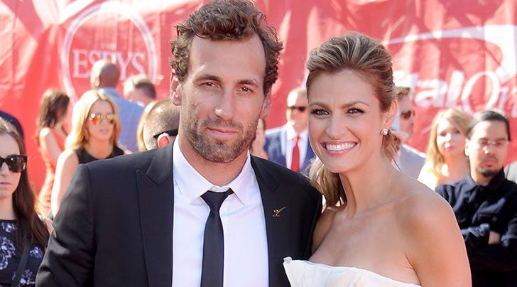 'Dancing with the Stars' Host Erin Andrews Marries Jarret Stoll In a Romantic Montana Wedding