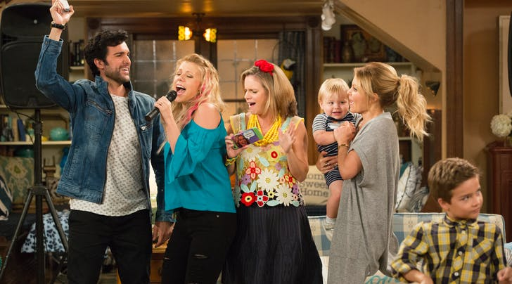 Have Mercy: Season 3 of 'Fuller House' Is Happening