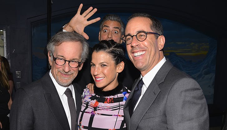George Clooney Photobomb