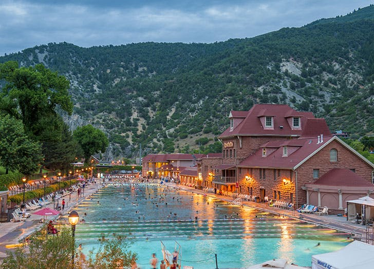 Glenwood Hot Springs Pool with Rockies in backgroun