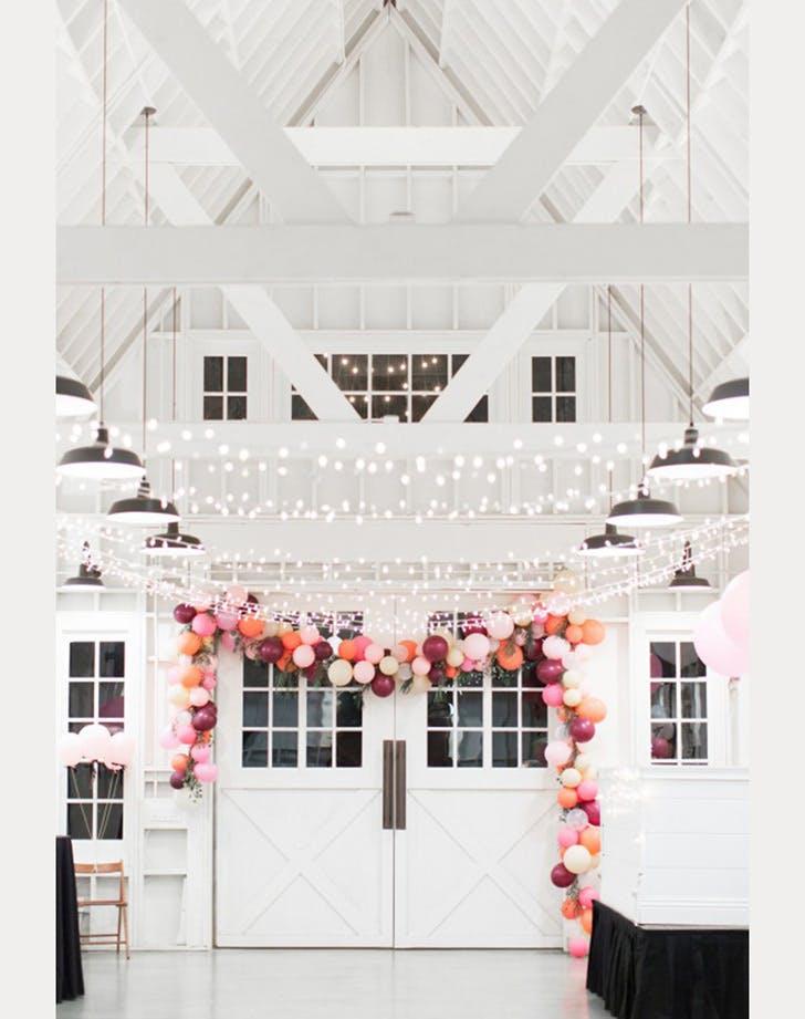 balloon wedding decor 2