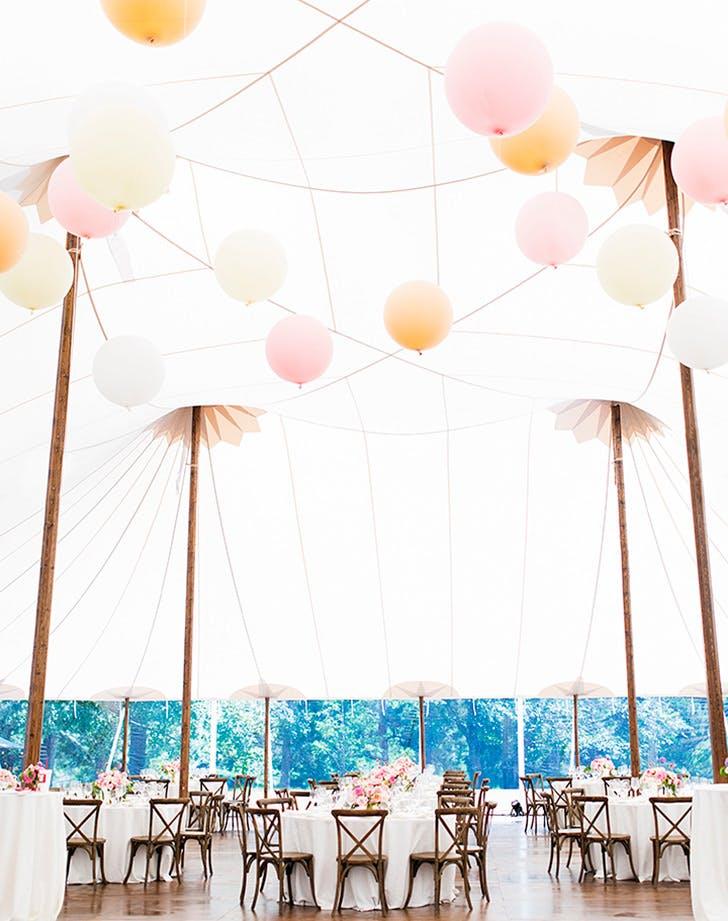 balloon wedding decor 3