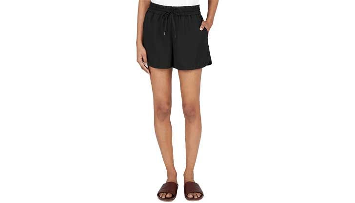 everlane black shorts