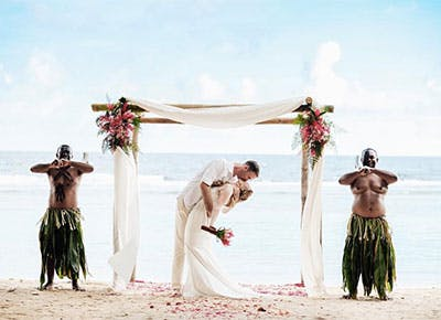 fiji wedding instagrams 400