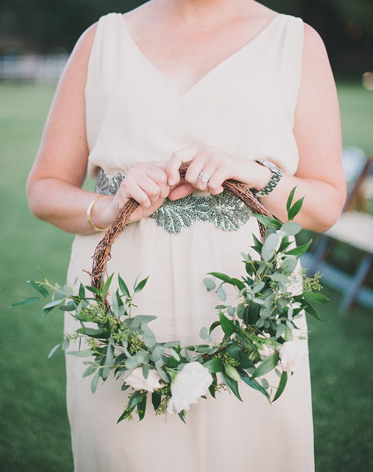 hoop bouquet wedding trend 2
