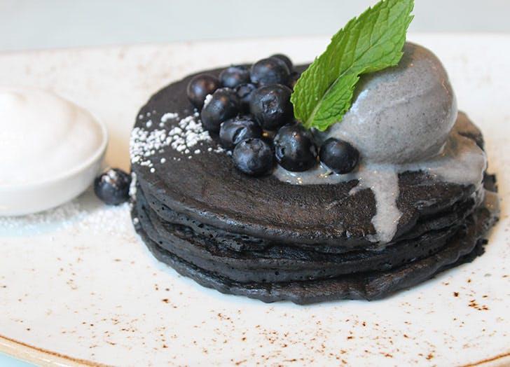 miss paradis charcoal pancakes NY