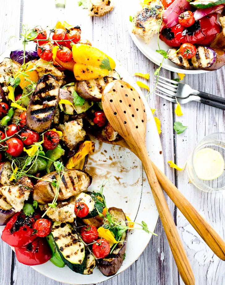 no cook summer dinner grilled veggies croutons