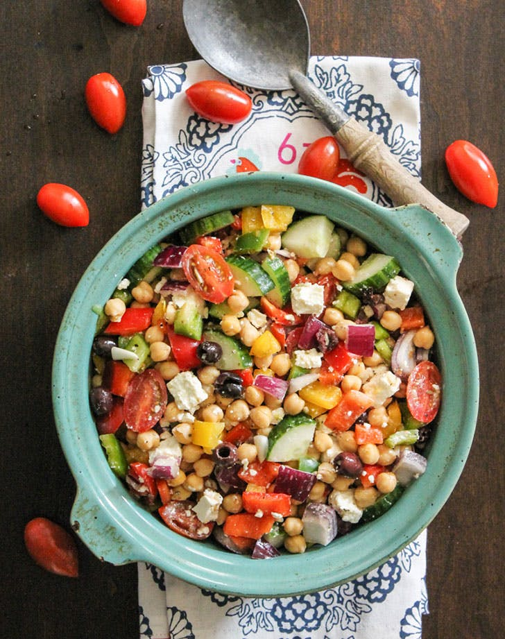 no cook summer dinners chickpea greek salad