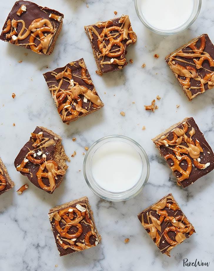 peanut butter pretzel bars 921