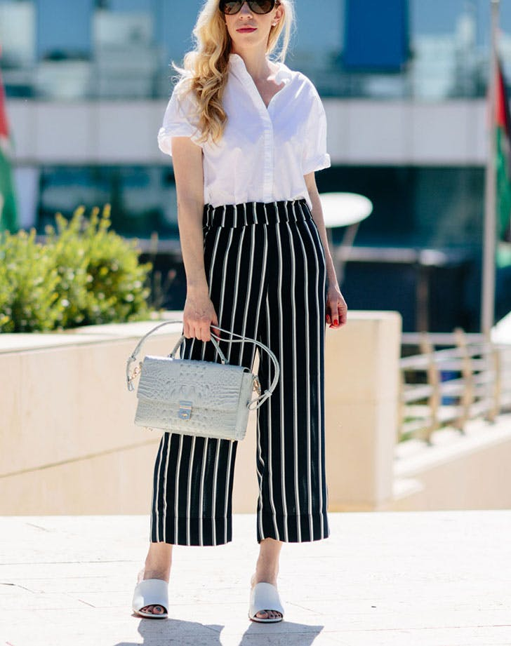 slimming summer outfits vertical striped pants