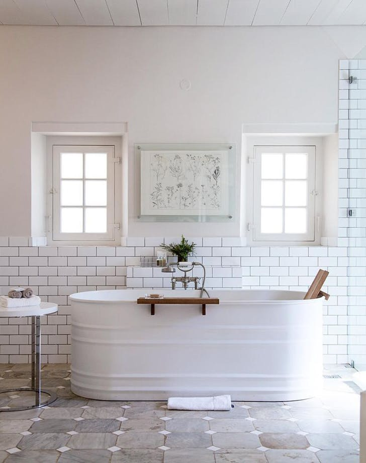 stock tank bathtubs are trending - purewow