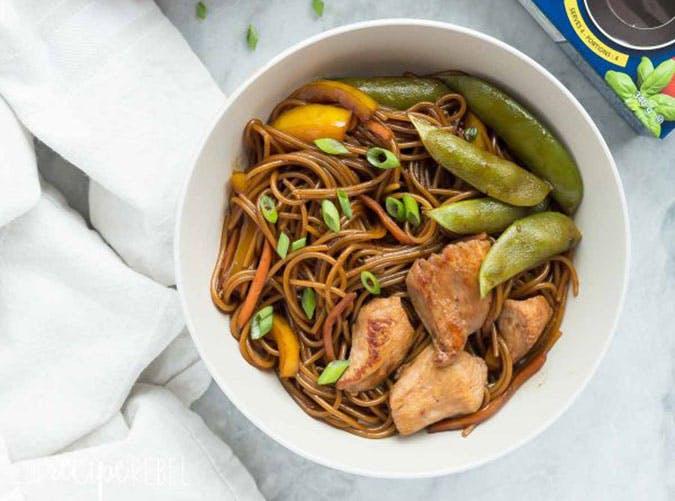 summer dinner under 500 calories teriyaki noodles