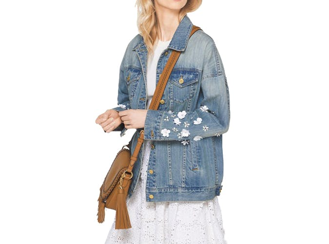summer wardrobe checklist denim jacket 7